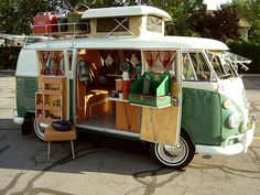 vintage volkswagon  I soooo want one of these to fix up and when the kids are all out on their own..hubby and I will be in this having a blast! lol