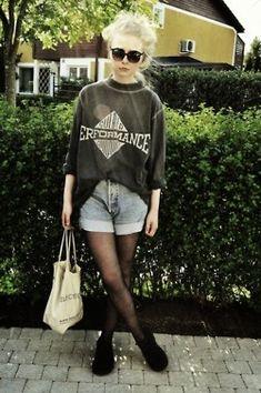 """Indie fashion. AKA the best fashion"" More like 90's fashion, but I still dig"