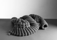 knit sculpture - sandra backlund | kasthall