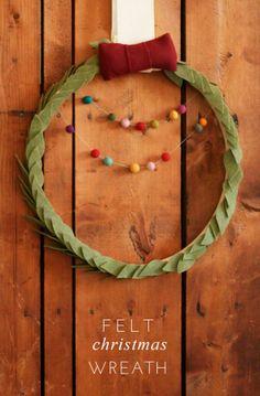 Tiny and charming! Try this DIY Felt Christmas Wreath by Joy Uyeno (@Joy Uyeno)