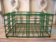 Vintage Green Wire Metal Crate by Thebeezkneezvintage on Etsy, $18.00