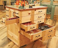 Storage space galore  Storage space abounds. The router table's multiple drawers provide plenty of storage for a set of twist rings, plus cutters, routers, and related equipment.