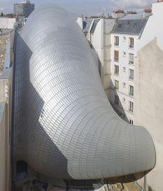 The 'Pathé Foundation in Paris / designed by Renzo Piano Building Workshop (photo by Michel Denancé)