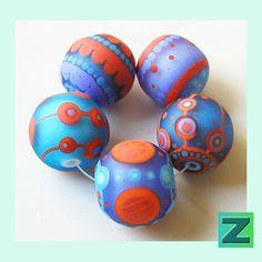 Wanda Freeze 5 frosted beads lampwork by Sarah Moran by zbeads