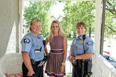 Nicole Curtis Rehab Addict -Dollar house with a friendly visit from Minneapolis Police-   #Minneapolis