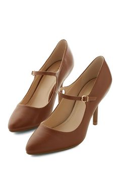 Reuniting with Friends Heel in Chestnut. Show your childhood friends you havent changed a bit when it comes to your always-impressive style by striding into the restaurant in these brown heels! #gold #prom #modcloth