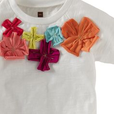 I love the handmade look of this top. The petals are bright and lovely. #TeaSummer