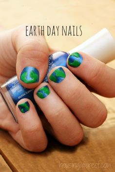 Simple Earth Day Nails - Housing a Forest