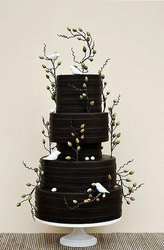Rustic. #watters #wedding #cake www.pinterest.com/wattersdesigns/
