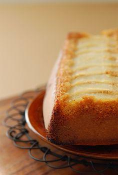 Sourdough pear cake