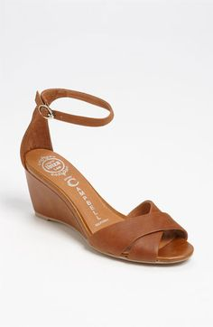 Love these wedge sandals for summer.