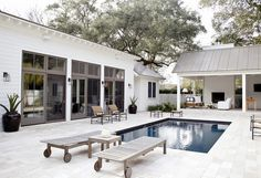 Farmhouse Style - modern courtyard feel