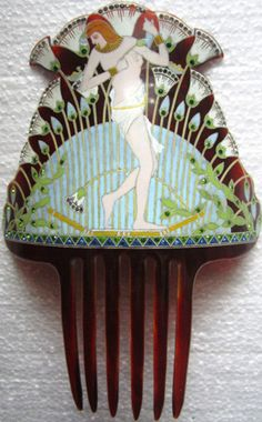 Lovely Art Deco Comb