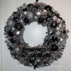 Happy New Year Wreath- would do this in blue & silver for the New Year
