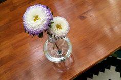 DIY Light Bulb Vase for CraftBits & The Home Depot | Shoestring
