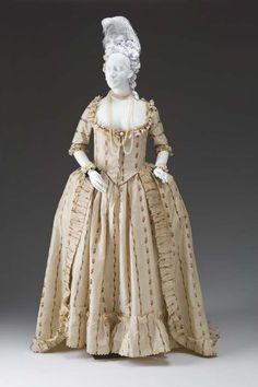 OPEN ROBE AND PETTICOAT (CHINÉ ROBE A LA 'ANGLAISE)  CIRCA 1780-1790  Unknown Maker  Silk, silk satin, linen  Fashion