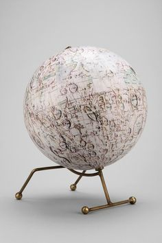Magical Thinking Moon Globe || UO