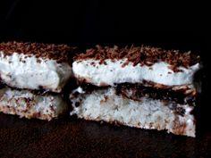 CAIETUL CU RETETE: Prajitura cu cocos, crema de vanilie si ness