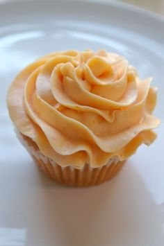 Peach Cupcakes with Peach Buttercream icing