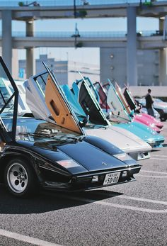 Lamborghini Countach Colors