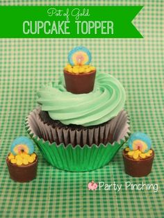 New tutorial for St. Patrick's Day cupcake - Rolo & Lucky Charms Pot of Gold cupcake toppers