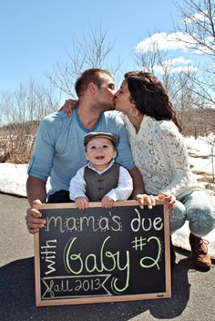 Second baby announcement idea... No not yet, just think this is super cute!