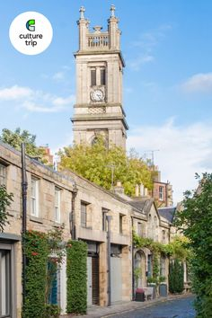 Document your time in the Scottish capital with a snap on the picturesque, Circus Lane. Click to discover more. . . . #CultureTrip #ForCuriousTravellers #Edinburgh #Scotland #BucketList #BucketListTravel #Travel #TravelPlanning # RoyalMile #CircusLane #CobbledStreets 📸. Edward Herdwick