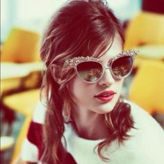 blingin' cat eyes MiuMiu cats, retro chic, cat eyes, vintage, red lips, fashion ads, shade, sunglasses, ad campaigns