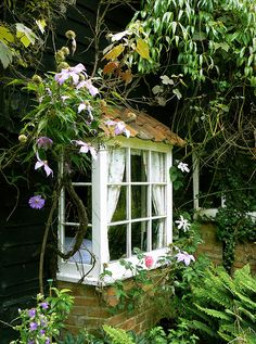 bay window shabby chic cottage bungalow cabin.