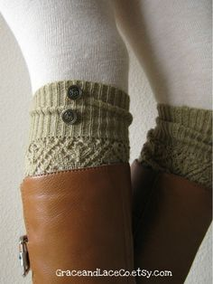 legwarmers & thick knit tights