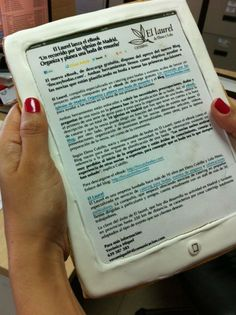 Una nota de prensa en forma de e-book comestible  http://www.marketingnews.es/servicios/noticia/1066543028605/nota-prensa-forma-ebook-comestible.1.html?utm_source=newsletter_medium=marketingnews_campaign=20120525