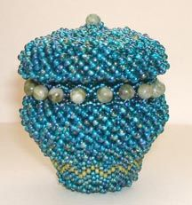Lidded Beaded Basket Pattern at Bead-Patterns.com