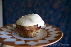 cinnamon coffee cake muffins with no refined sugar