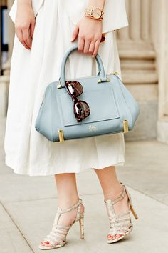 Ladylike style for the summer // Love the accessories #purse #heels #sunglasses #rosegold #watch