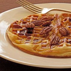 Could this be Christmas morning breakfast? Apple Tart Tatin in a waffle iron using puff pastry....