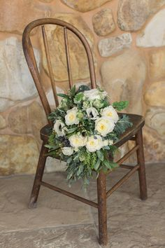 Rustic bouquet | Photography: Carlie Statsky Photography - carliestatsky.com | Event Planning: Esla Events - eslaevents.com  Read More: http://www.stylemepretty.com/california-weddings/2014/06/02/rustic-ranch-wedding-inspiration/
