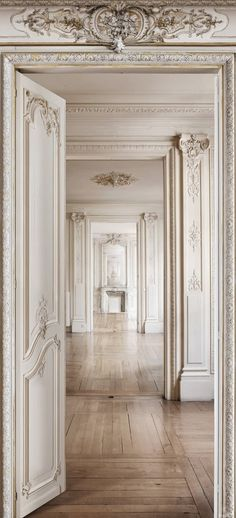 French breathtaking woodwork ... #coachbarn #frenchinspiration