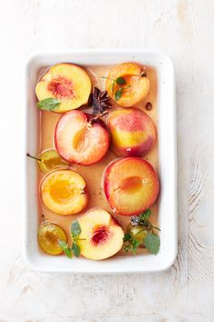 poached peaches with vanilla