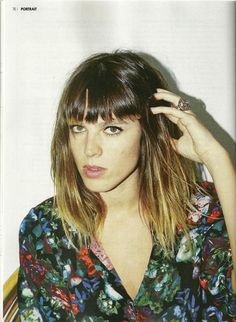 melody's echo chamber. Shoulder-length ombre hair. Fringe.