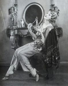 The actress Thalia Barbarova in loungewear, 1920s.