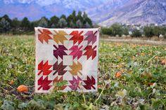 Oakshott Modern Maples quilt