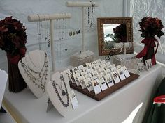Tranquility Spot: Table Display Ideas