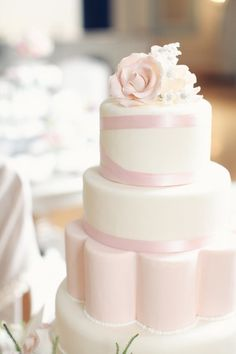 Light pink wedding cake