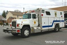 Pequannock, NJ FD Rescue 2 1988 Mack R/E-One Heavy Rescue Squad.