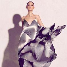Halston Geometric Print Dress | Spotted on whowhatwear geometric prints, geometric print dress, geometr print