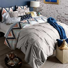 Make a Pretty Bed: Comforters, Quilts, & Duvets