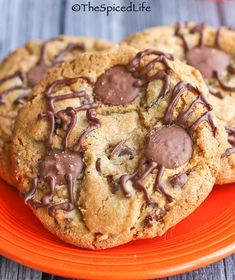 Spider Infested Chocolate Chip Cookies: an easy #Halloween treat!