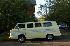 http://4.bp.blogspot.com/-vDrQtQCAhjQ/UTrI7EG4F6I/AAAAAAAAW6Y/Uohl3qNCQ4Y/s1600/1965-Chevrolet-Corvair-van-3.jpg