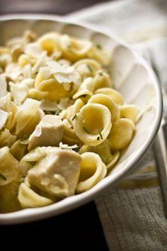 #Pasta #Orecchiette con #pollo y #salsa de #limón. #receta