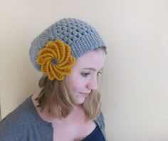 Slouchy beanie pattern (includes flower pattern)
